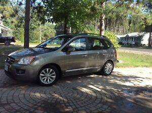 2010 Kia Rondo for Sale