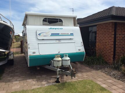 18 foot Jayco Freedom pop top caravan in good condition