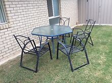 Outdoor table and chairs Ormeau Hills Gold Coast North Preview