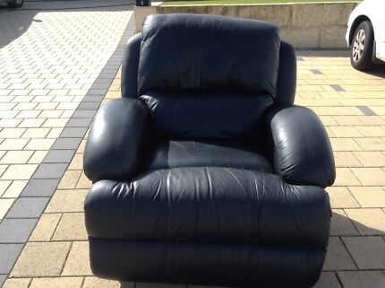Leather recliner. Ok condition Tapping Wanneroo Area Preview