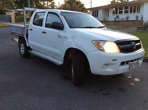 2007 Toyota Hilux Ute 4x4 dual cab good cheap hilux must sell neg Chermside West Brisbane North East Preview