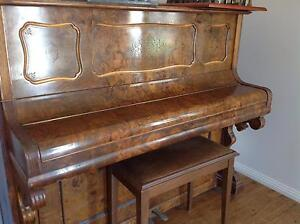 Very old piano Royalla Queanbeyan Area Preview
