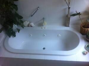 Caroma Starlett Spa bath, white enamel, pressed steel Kensington Gardens Burnside Area Preview