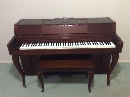 Piano - Yamaha