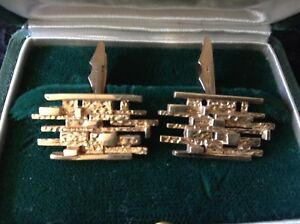 Gold Cufflinks Tony Cavelti