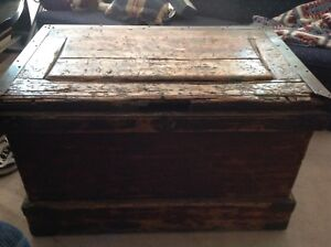 Rare find! Steamer trunk with nesting shelves