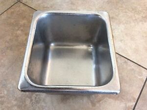 SMALL STAINLESS STEEL CONTAINER DIM 6x6x4 inches