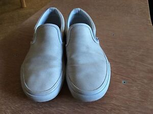 Vans Shoes White Leather Men US 6.0 Women US 7.5 Slip On Wantirna South Knox Area Preview