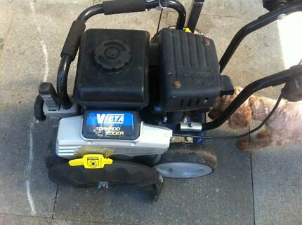 NEW VICTA 85cc 4 STROKE TORNADO EDGER Enfield Burwood Area Preview
