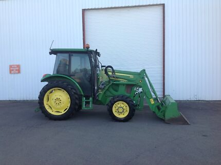 2012 John Deere 5090RN Front End Loader Tractor Bucket Penrith Penrith Area Preview