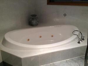 Bathroom Fittings - Spa Bath, Vanity, Mirror, Shower Screen Wattle Grove Liverpool Area Preview