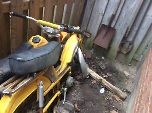 Moped benelli  parts bike...