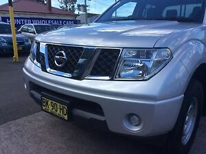 2010 Nissan Navara RX 4x2 turbo diesel automatic dual cab Ute Sandgate Newcastle Area Preview