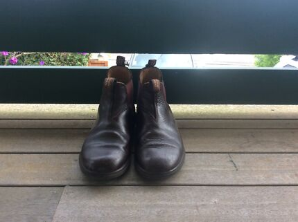 Original Blundstone boots Size 2 kids
