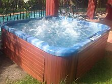 OUTDOOR SPA, JACUZZI, HOT TUB. With SOLAR Panels. Cheap to run! Smithfield Cairns City Preview