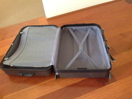 Antler full size hard shell suitcase Beeliar Cockburn Area Preview
