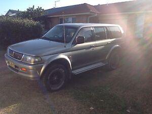 2000 Mitsubishi Challenger Wagon Black Head Greater Taree Area Preview