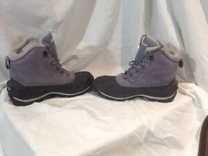 Columbia boots ladies size 11 like new