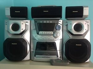 Panasonic Stereo with 5CD changer & Surround Sound Speakers