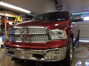 2014 Dodge Ram Laramie loaded mint condition