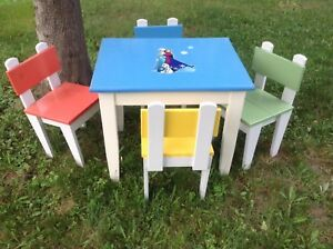 Children's Table Set - 1 Table & 4 Chairs