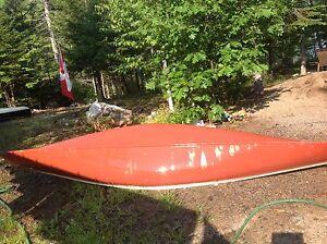 13' Fibreglass Canoe (Canadian)