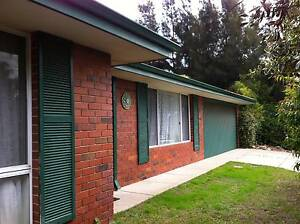 Large and beautiful 5x2 home located in Woodbridge Private Estate Cooloongup Rockingham Area Preview