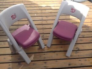 Kids step 2 folding chairs