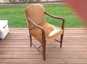 Antique tables and chair Nowra Nowra-Bomaderry Preview