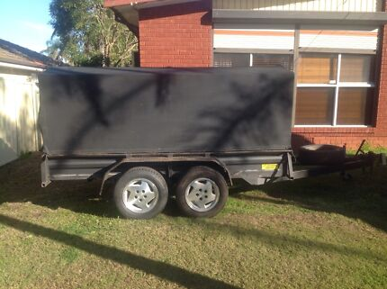 Box trailer 10 x 5 caged & fully covered removable roof Colyton Penrith Area Preview