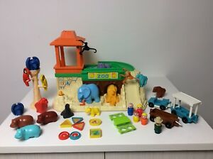 Fisher Price vintage Little People Zoo