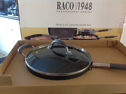 Wanted: RACO Covered Sauté Pan as new