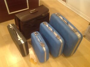 Lot de 5 valises antique et vintage