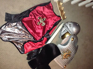 Knight and King costume size 3-7