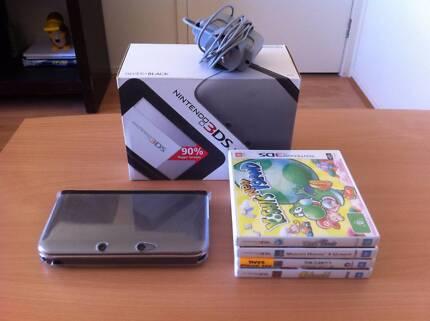 3DS XL + 4 games