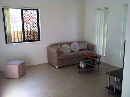 New house to share at Central Caboolture! Fully furnished!