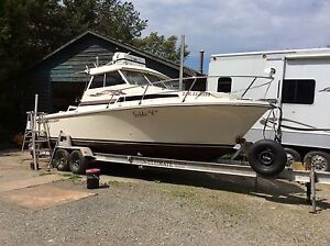 Boat 26 ft sport fisher