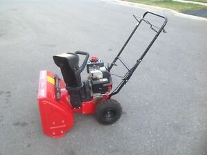MTD 5 HP X 22 inches auger self propelled snowblower