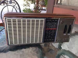 AWA SOLID STATE RADIOLA TRANSISTOR RADIO