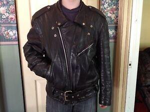 Manteau de cuir noir pour homme