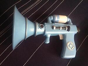Toy Minion Fart Gun Old Beach Brighton Area Preview
