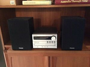 Compact Radio and CD Player Revesby Bankstown Area Preview