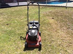Rover lawn mower Cooloongup Rockingham Area Preview