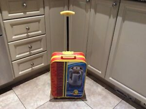 HOT WHEELS SMALL SUITCASE