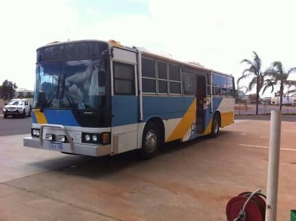 Bus motor home