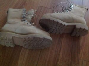 Work boots size 8