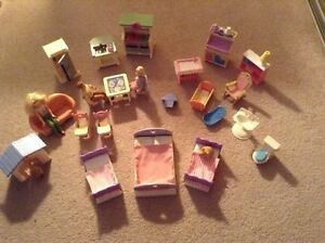 Large Lot of Loving Family Dollhouse People/Accessories