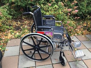 CHAMBLY: Fauteuil roulant AMG - modèle 700-628