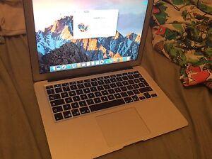 """MacBook Air 2013 13"""" (très bien conservé batterie 100%"""