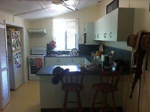 Mareeba bedroom Mareeba Tablelands Preview